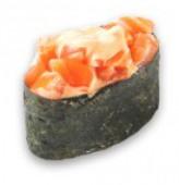 Гункан спайс с лососем